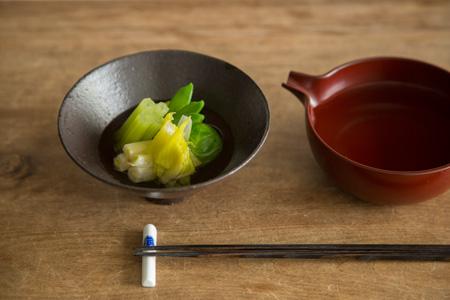 春野菜のお浸し 500円 ふき、うるい、絹さや、メキャベツはそれぞれの 食感がほどよく残り、味わい深い。
