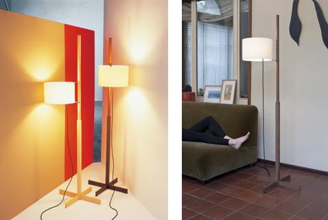 TMM スペインデザイン界の傑作といわれるセードが可動するフロアスタンド。オーク(左)・価格:13万5000円(税抜)、ウォルナット(右)・価格:12万5000円(税抜)
