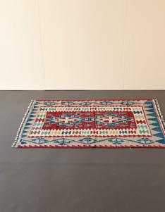 TURKISH KILIM RUG トルコのキリム(ラグ)は古くから遊牧民が生活道具として使われてきた。 価格:¥110,000 ~(税別)