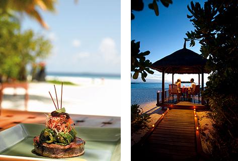 (左)レストランでは打ち寄せる波の音と潮風を感じながら、モルディブ産の新鮮な海の幸を堪能できる。 (右)四方を海に囲まれたヴィラでのディナーが二人だけの時間を贅沢にする。
