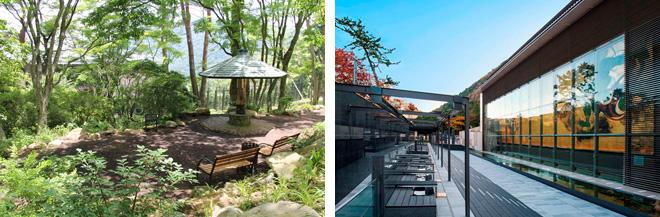 (左)四季折々の自然の変化を楽しめる庭園。(右)大壁画の前にある100%源泉かけ流しの足湯カフェ。
