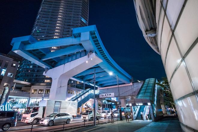 延伸予定であったゆりかもめに代わり、BRT導入と東京メトロ延伸で交通インフラを整備。
