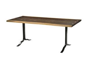 SIVA DINING TABLE 2BOARD サイズ:W1800×D850×H720 mm 素材:SEARED OAK BLACK LEG 価格:23万円(税抜)