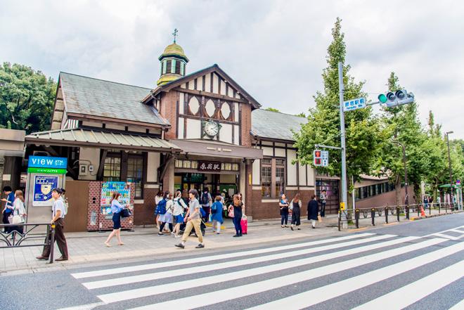東京都内JR路線で最古の木造駅舎、原宿駅。新駅舎が建設されます。