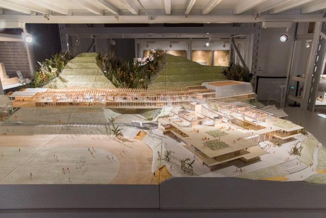 小嶋一浩氏+赤松佳珠子氏(シーラカンスCAt)の設計による、(仮称)釜石市立鵜住居地区学校等。2017年完成予定。
