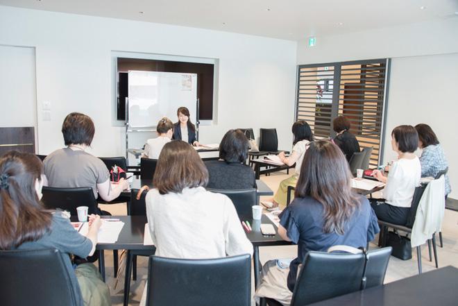 検定試験では参加者全員が合格。ブロンズクラス認定者を対象に、シルバークラスの講習を受けることができる。