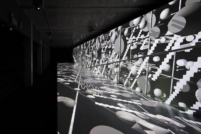見えない音楽で空間を構築する?!六本木で体感「AUDIO ARCHITECTURE展 ...