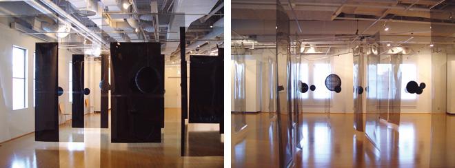 「流動的領域」展。人が移動することで、見え方がガラッと変わっていく。