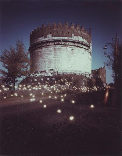 シリーズ<Polaroid Works>より ≪ Via Appia Antica2(Roma) ≫ 1991年 拡散転写方式印画 作家蔵