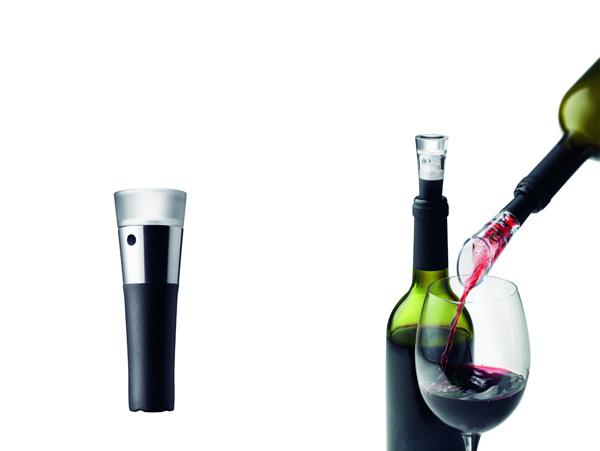 「バキューム・ボトル・ストッパー」。残ったワインを美味しく残しておきたい時に便利。価格:5184円(税込)*在庫切れ