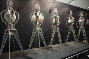 アーティストユニット、明和電機の天才ロボット「セーモンズ」。