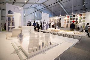 天才建築家13組(伊東豊雄、隈研吾、妹島和世ほか)による「建築模型とその提案書展」。