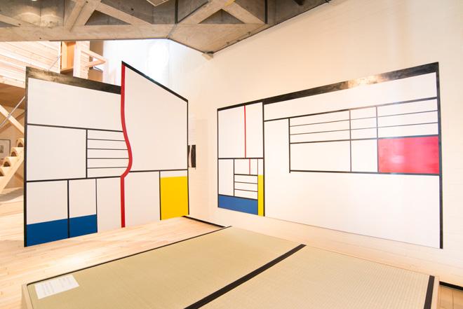 12の建築外的思考 『間(ま)展 日本の時空間』(1978)のモンドリアン茶室を再現した。